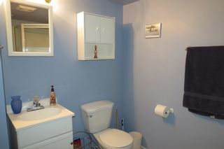 Photo 3: 28 Rothshire Drive in Winnipeg: Transcona Residential for sale ()