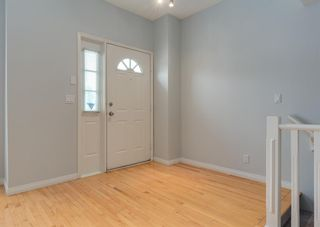 Photo 2: 306 20 Street NW in Calgary: West Hillhurst Row/Townhouse for sale : MLS®# A1130619
