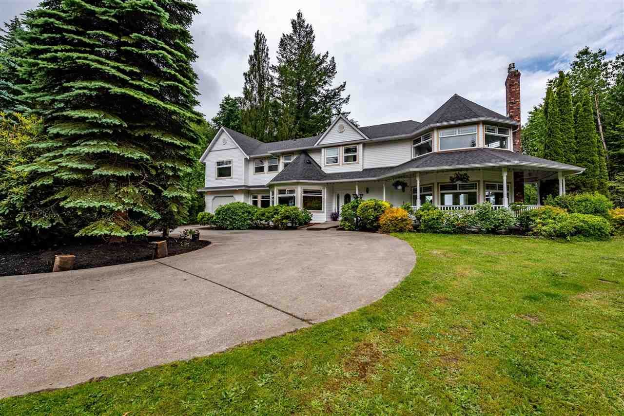 Main Photo: 6125 ROSS Road in Chilliwack: Ryder Lake House for sale (Sardis)  : MLS®# R2593556