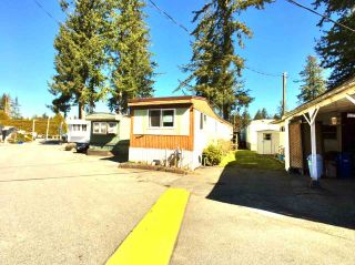 "Photo 15: 8 24330 FRASER Highway in Langley: Otter District Manufactured Home for sale in ""Langley Grove Estates"" : MLS®# R2344818"