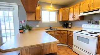 Photo 12: 405 McGillivray Street in Outlook: Residential for sale : MLS®# SK854940
