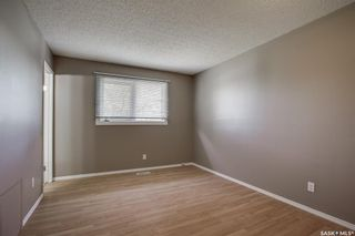 Photo 9: 114 Blake Place in Saskatoon: Meadowgreen Residential for sale : MLS®# SK862530