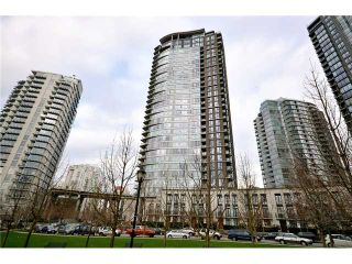 "Photo 10: 2002 583 BEACH Crescent in Vancouver: Yaletown Condo for sale in ""PARKWEST II"" (Vancouver West)  : MLS®# V928427"