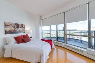 Photo 11: 2504 1078 6 Avenue SW in Calgary: Downtown West End Apartment for sale : MLS®# C4264239