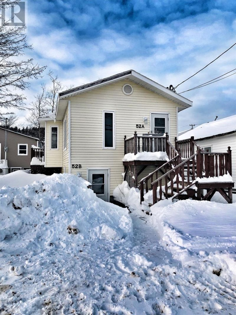 FEATURED LISTING: 52 Main Street Lewisporte