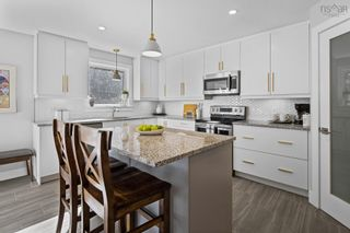 Photo 4: 112 Olive Avenue in West Bedford: 20-Bedford Residential for sale (Halifax-Dartmouth)  : MLS®# 202125651