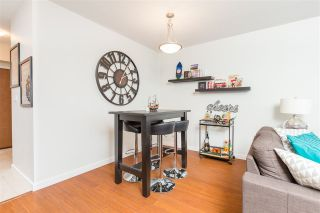 """Photo 11: 1803 280 ROSS Drive in New Westminster: Fraserview NW Condo for sale in """"THE CARLYLE"""" : MLS®# R2376749"""