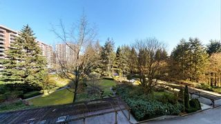 "Photo 8: 506 2020 FULLERTON Avenue in North Vancouver: Pemberton NV Condo for sale in ""WOODCROFT ESTATES"" : MLS®# R2447062"