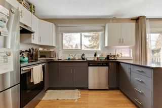 Photo 8: 1425 43 Street SW in Calgary: Rosscarrock Detached for sale : MLS®# A1090704