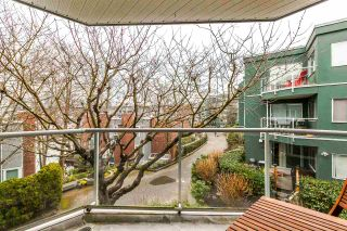 Photo 17: 201 1550 MARINER WALK in Vancouver: False Creek Condo for sale (Vancouver West)  : MLS®# R2245004