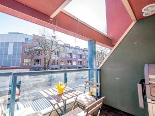 """Photo 14: 8 3477 COMMERCIAL Street in Vancouver: Victoria VE Townhouse for sale in """"La Villa"""" (Vancouver East)  : MLS®# R2552698"""