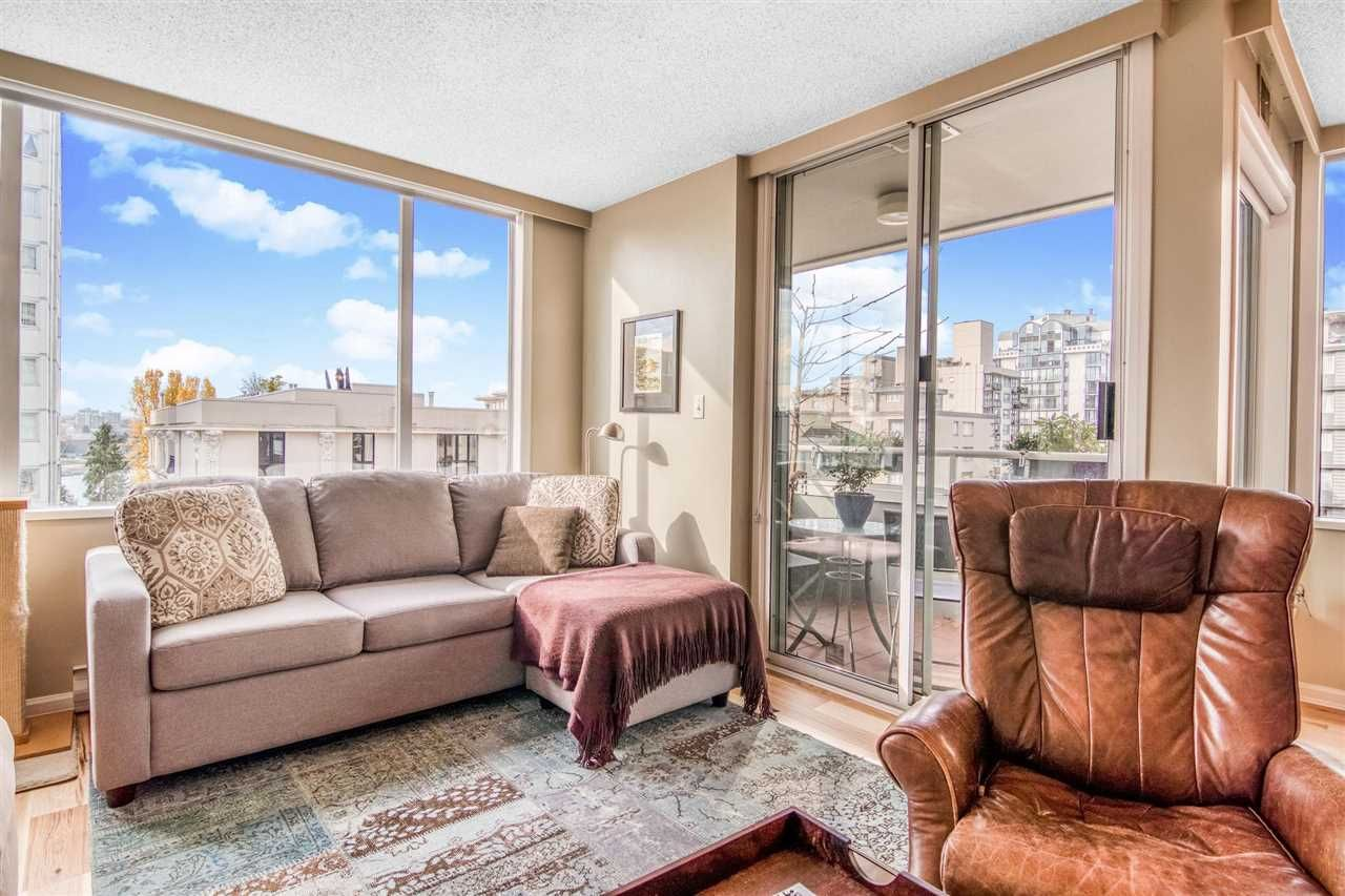 """Main Photo: 403 1436 HARWOOD Street in Vancouver: West End VW Condo for sale in """"Harwood House"""" (Vancouver West)  : MLS®# R2514353"""
