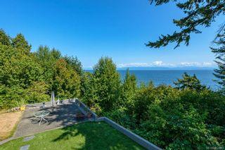 Photo 3: 5684 Seacliff Rd in : CV Comox Peninsula House for sale (Comox Valley)  : MLS®# 852423