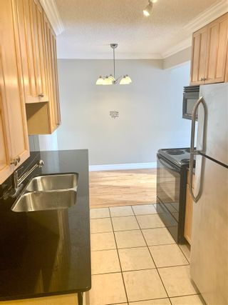 Photo 2:  in Edmonton: Zone 12 Condo for sale : MLS®# E4220993
