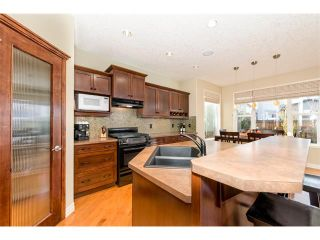 Photo 6: 180 ROYAL OAK Terrace NW in Calgary: Royal Oak House for sale : MLS®# C4086871