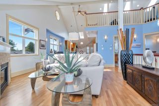 Photo 7: 4 76 moss St in : Vi Fairfield West Row/Townhouse for sale (Victoria)  : MLS®# 859280