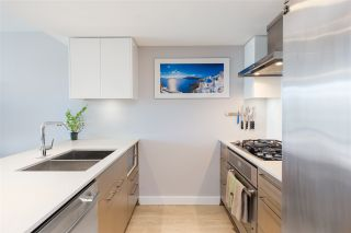"""Photo 3: 906 1618 QUEBEC Street in Vancouver: Mount Pleasant VE Condo for sale in """"CENTRAL"""" (Vancouver East)  : MLS®# R2400058"""