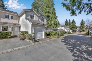 """Photo 2: 2 10074 154 Street in Surrey: Guildford Townhouse for sale in """"woodland grove"""" (North Surrey)  : MLS®# R2556855"""