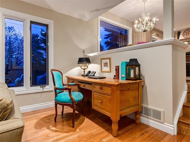 Photo 27: Photos: 7016 KENOSEE Place SW in Calgary: Kelvin Grove House for sale : MLS®# C4055215
