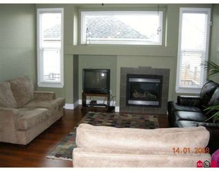 Photo 2: 16561 60TH Avenue in Surrey: Cloverdale BC House for sale (Cloverdale)  : MLS®# F2800602