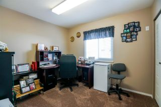 """Photo 9: 6080 185B Street in Surrey: Cloverdale BC House for sale in """"Eagle Crest"""" (Cloverdale)  : MLS®# R2260925"""