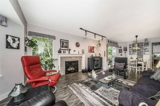 Photo 4: 227 1215 LANSDOWNE DRIVE in Coquitlam: Upper Eagle Ridge Townhouse for sale : MLS®# R2285241