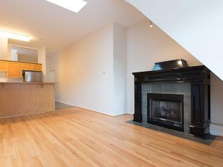 """Photo 3: PH4 380 W 10TH Avenue in Vancouver: Mount Pleasant VW Townhouse for sale in """"Turnbull's Watch"""" (Vancouver West)  : MLS®# V1053163"""