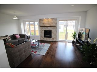 Photo 3: 601 GAZEBO STREET in : Riverside South; Gloucester Glen Residential for sale : MLS®# 1024498