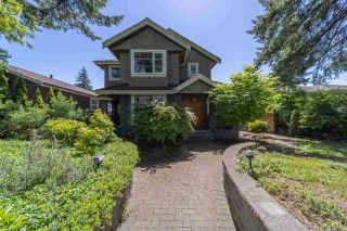 Photo 2: 1123 CORTELL Street in North Vancouver: Pemberton Heights House for sale : MLS®# R2585333