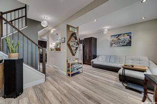 Photo 2: 621 G Avenue South in Saskatoon: Riversdale Residential for sale : MLS®# SK857189