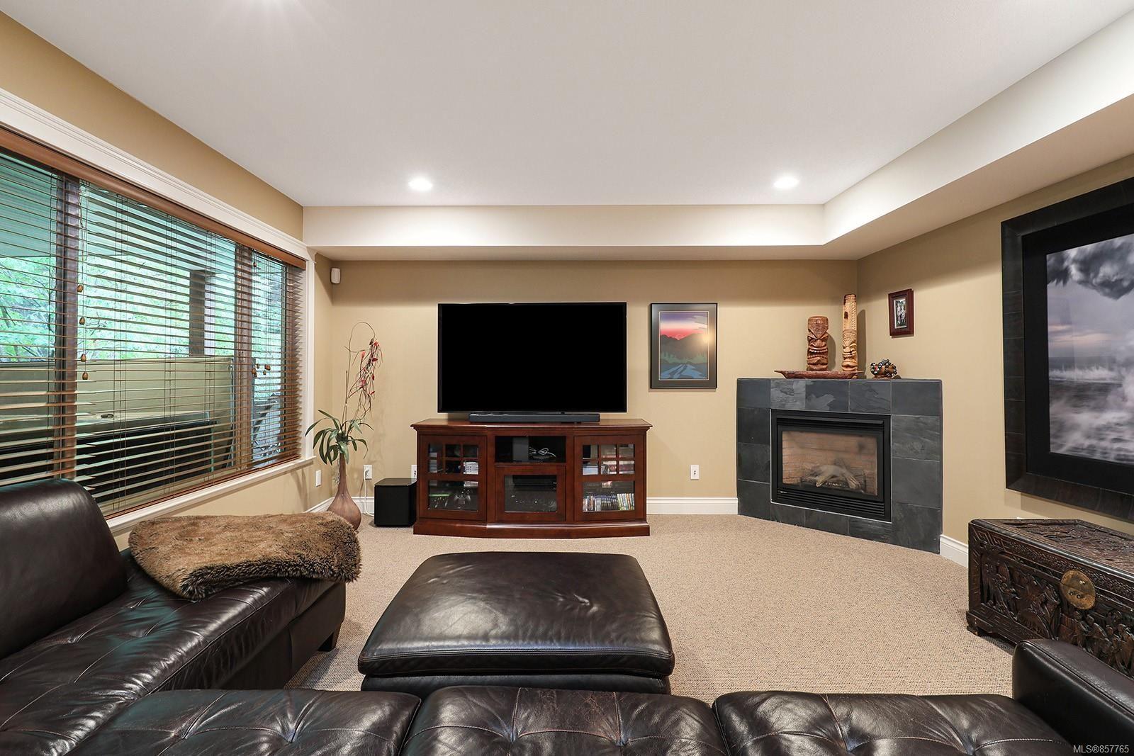 Photo 34: Photos: 1516 Highridge Dr in : CV Comox (Town of) House for sale (Comox Valley)  : MLS®# 857765
