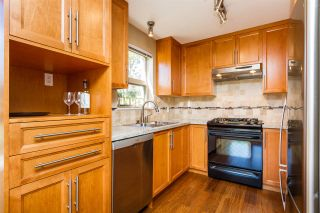"Photo 7: 105 600 KLAHANIE Drive in Port Moody: Port Moody Centre Condo for sale in ""BOARDWALK"" : MLS®# R2111102"