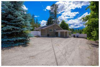 Photo 2: 1121 Southeast 1st Street in Salmon Arm: Southeast House for sale : MLS®# 10136381