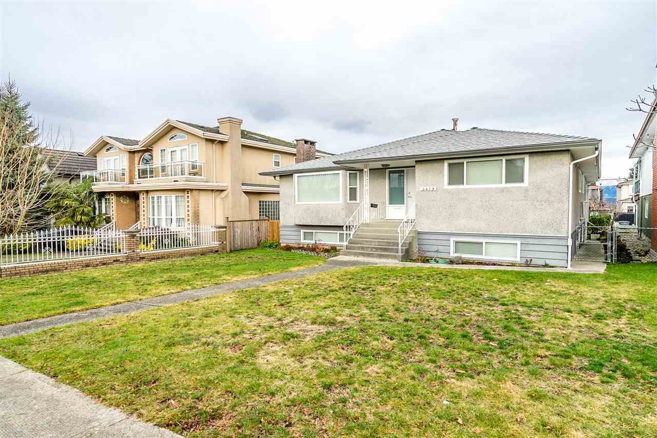 Main Photo: 3219 E 24TH AVENUE in Vancouver: Renfrew Heights House for sale (Vancouver East)  : MLS®# R2547967