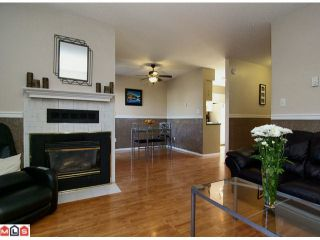 "Photo 2: 207 32550 MACLURE Road in Abbotsford: Abbotsford West Townhouse for sale in ""Clearbrook Village"" : MLS®# F1212290"