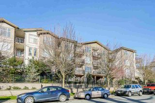 """Photo 4: 304 2343 ATKINS Avenue in Port Coquitlam: Central Pt Coquitlam Condo for sale in """"Pearl"""" : MLS®# R2576786"""