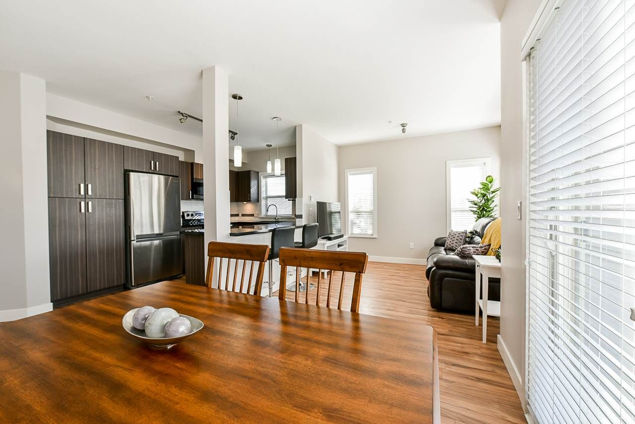 """Main Photo: 217 20219 54A Avenue in Langley: Langley City Condo for sale in """"SUEDE"""" : MLS®# R2449057"""