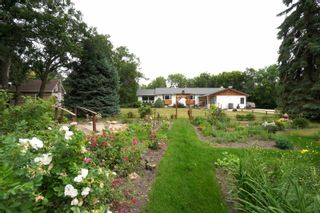 Photo 63: 39066 Road 64 N in Portage la Prairie RM: House for sale : MLS®# 202116718
