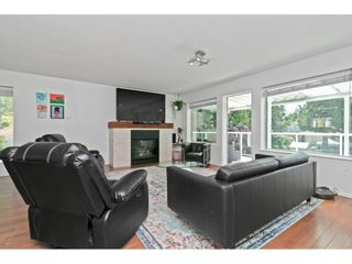 """Photo 5: 2125 128 Street in Surrey: Crescent Bch Ocean Pk. House for sale in """"Ocean Park"""" (South Surrey White Rock)  : MLS®# R2591158"""