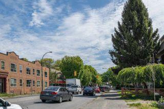 "Photo 17: 312 2040 CORNWALL Avenue in Vancouver: Kitsilano Condo for sale in ""Bryanston Court"" (Vancouver West)  : MLS®# R2466896"