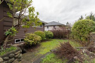 """Photo 33: 4391 MAHON Avenue in Burnaby: Deer Lake Place House for sale in """"DEER LAKE PLACE"""" (Burnaby South)  : MLS®# R2429871"""