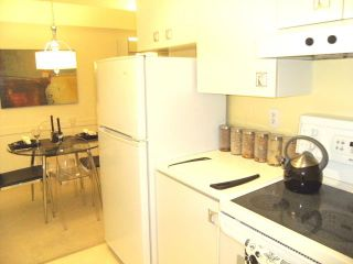 "Photo 8: 216 1345 W 15TH Avenue in Vancouver: Fairview VW Condo for sale in ""SUNRISE WEST"" (Vancouver West)  : MLS®# V819501"