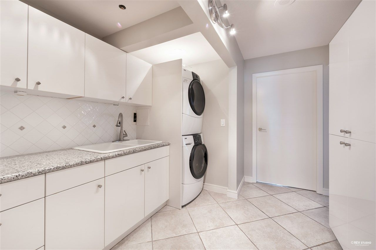 """Photo 33: Photos: 1401 1238 SEYMOUR Street in Vancouver: Downtown VW Condo for sale in """"THE SPACE"""" (Vancouver West)  : MLS®# R2520767"""