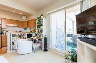 """Photo 10: 1105 680 CLARKSON Street in New Westminster: Downtown NW Condo for sale in """"THE CLARKSON"""" : MLS®# R2409786"""