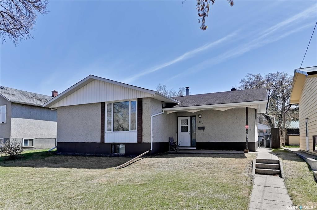 Main Photo: 111 112th Street West in Saskatoon: Sutherland Residential for sale : MLS®# SK852855
