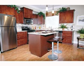 "Photo 5: 106 12258 224TH Street in Maple_Ridge: East Central Condo for sale in ""STONEGATE"" (Maple Ridge)  : MLS®# V659316"