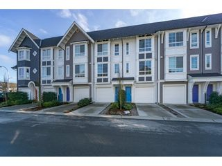 """Photo 2: 71 8438 207A Street in Langley: Willoughby Heights Townhouse for sale in """"York by Mosaic"""" : MLS®# R2244503"""