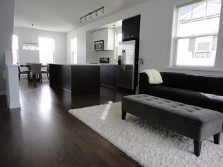 """Photo 2: 7348 192A Street in """"KNOLL"""": Home for sale"""