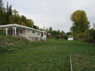 Photo 18: 950A 12TH AVENUE in Montrose: House for sale : MLS®# 2461481