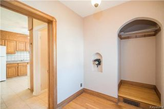 Photo 2: 759 Garfield Street North in Winnipeg: Sargent Park Residential for sale (5C)  : MLS®# 1720318